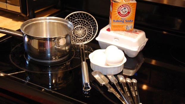 Easy Peel Eggs Ingredients