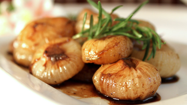 Roasted Cipollini Onions with Balsamic Vinegar