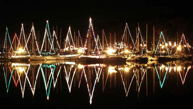 remember holidays christmas_2014_sailboats