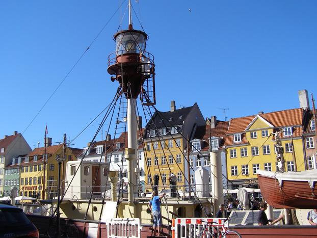 Nyhavn – Light Ship