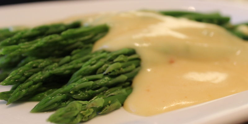 Keeping Your Hollandaise Sauce Warm