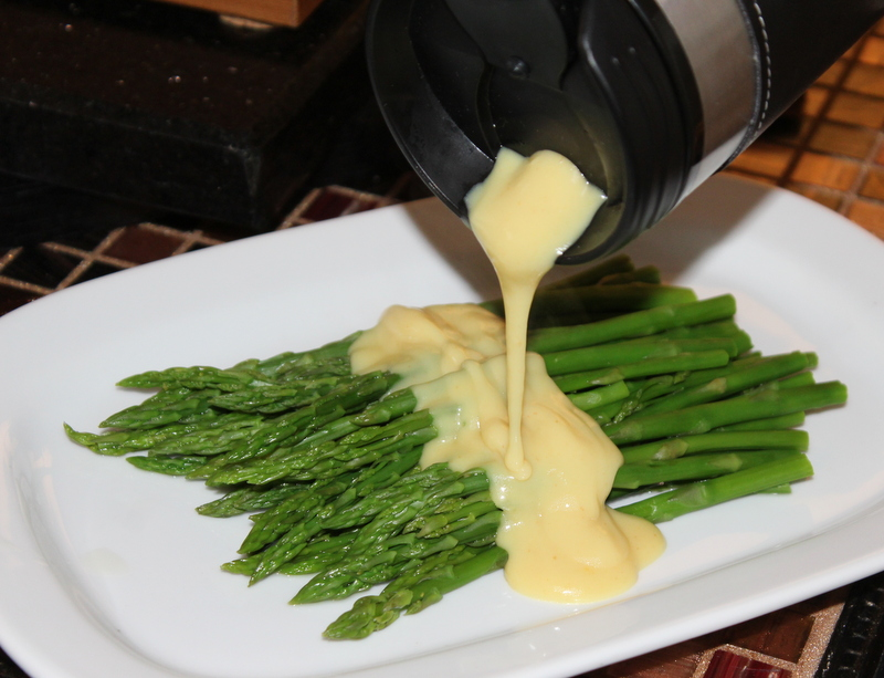 keep-your-hollandaise-sauce-warm-6